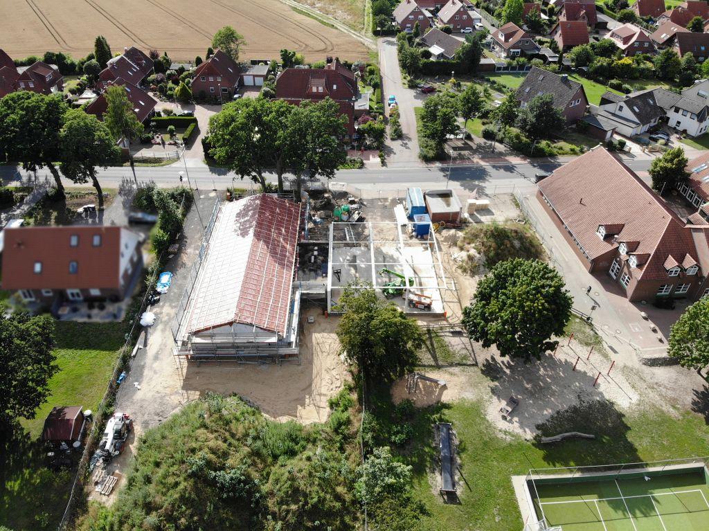 Das Foto zeigt eine Gesamtansicht der Baustelle und der näheren Umgebung am 12.07.2020.