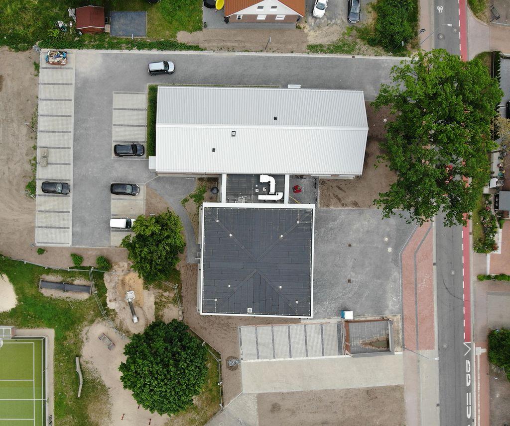 Die Aufnahme zeigt das Feuerwehrgerätehaus Otternhagen in der Draufsicht.